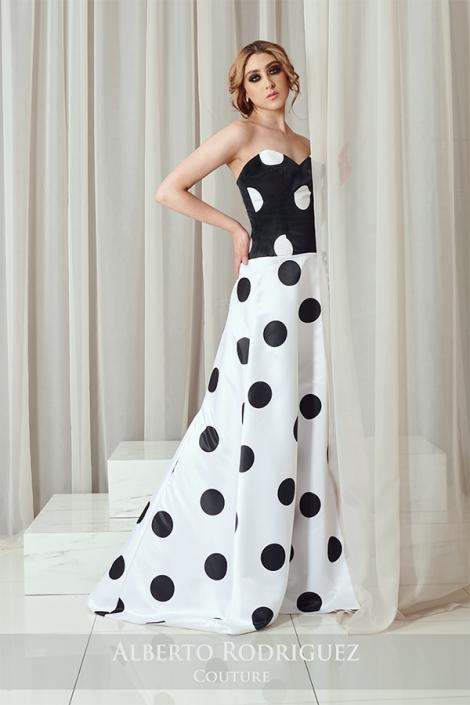 1 pieza vestido bicolor con lunares